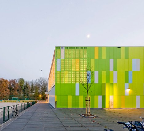 De Rietlanden Sports Hall by Slangen + Koenis Architects