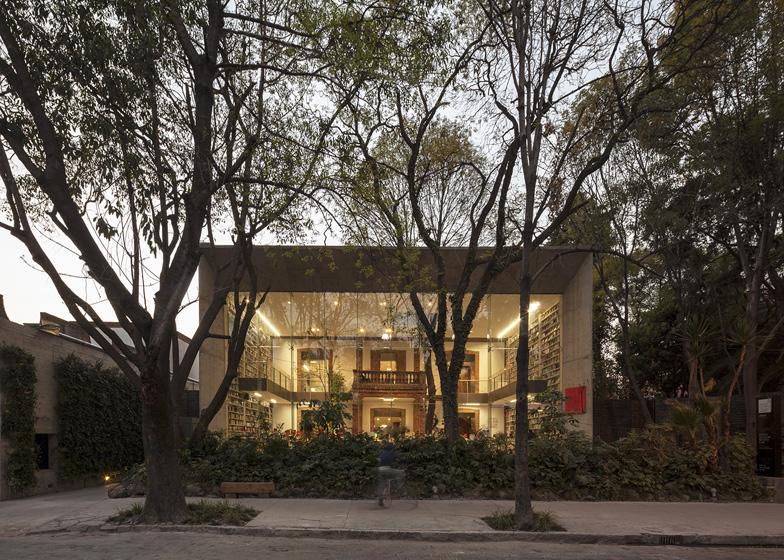 Dezeen_Elena-Garro-Cultural-Centre-by-Fe