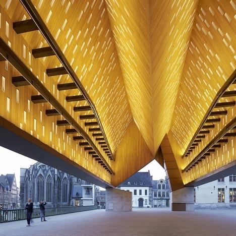 Market Hall by Robbrecht en Daem and Marie-José Van Hee