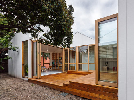 Profile House by BLOXAS
