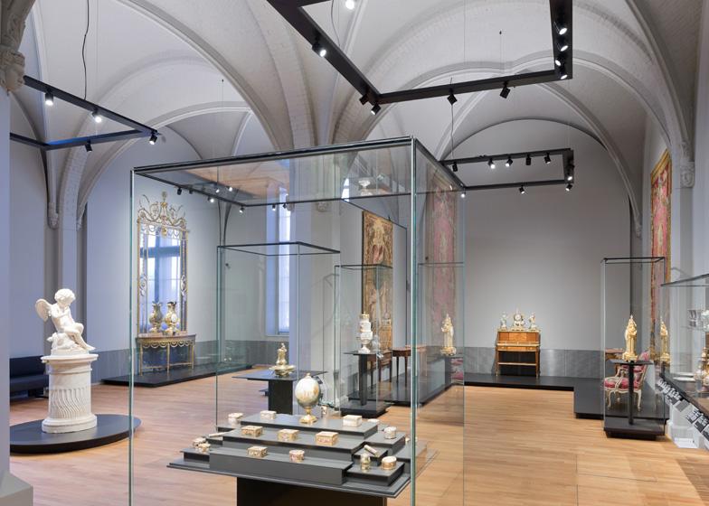 https://static.dezeen.com/uploads/2013/04/Dezeen_Rijksmuseum-by-Cruz-y-Ortiz-Arquitectos_ss_14.jpg