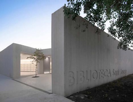 Biblioteca Sant Josep by Ramon Esteve Estudio