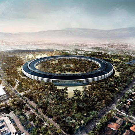 Foster's Apple campus $2 billion over budget