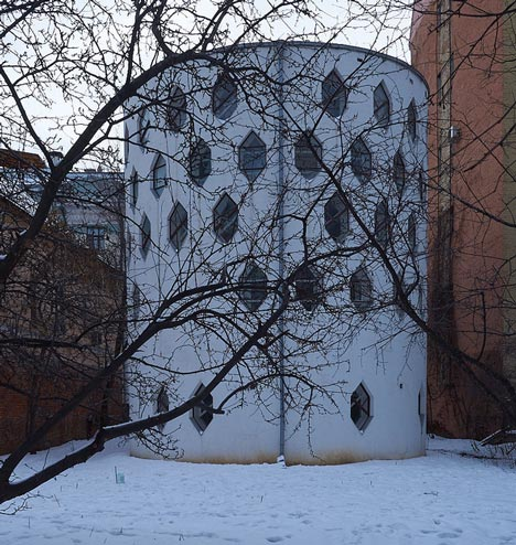 Melnikov House at risk of collapse, photo by qwz