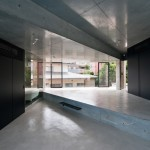 Motoazabu Apartment sYms by Kiyonobu Nakagame Architect & Associates
