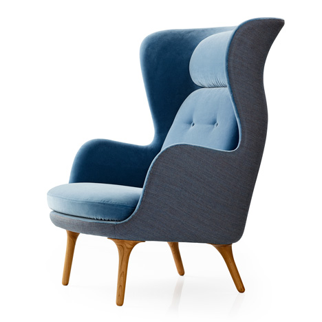 Ro armchair by Jaime Hayon for Fritz Hansen