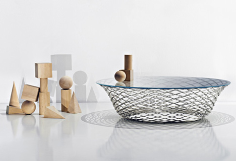 Teso table by Foster + Partners for Molteni&C