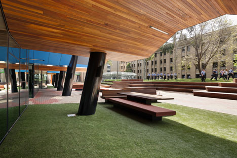 The La Trobe Institute for Molecular Science by Lyons