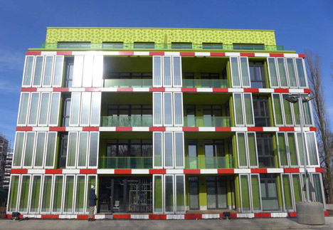 World's first algae-powered building tested in Germany