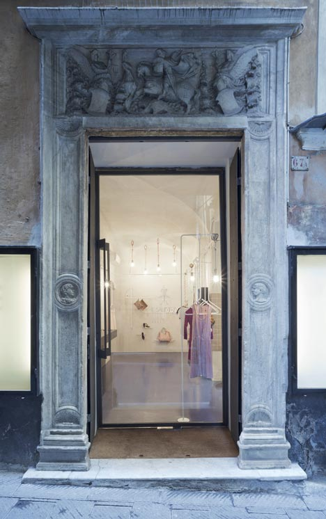 Il Salotto by Gosplan