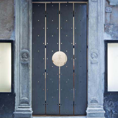 Il Salotto boutique by Gosplan
