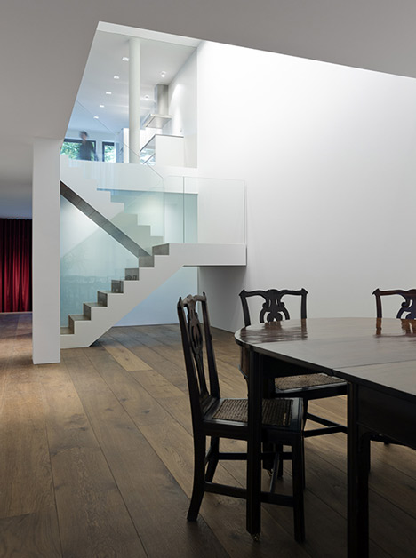 Markthuis by Barcode Architects