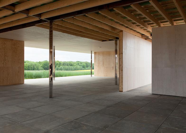 Mies Van Der Rohe 1:1 Modell Golfclubhaus By Robbrecht En Daem