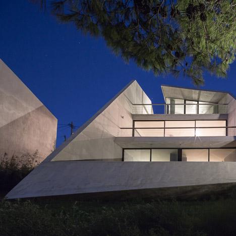Dezeen_Residence in Kallitechnoupolis by tense architecture_6sq