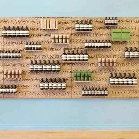 dezeen_Aesop East Hampton by NADAAA_1sq