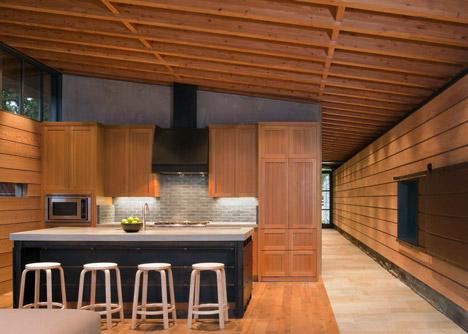 Halls Ridge Knoll Guest House by Bohlin Cywinski Jackson