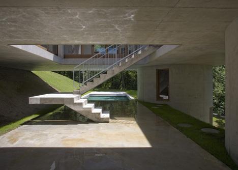 House in Sonvico by Architetti Pedrozzi e Diaz Saravia