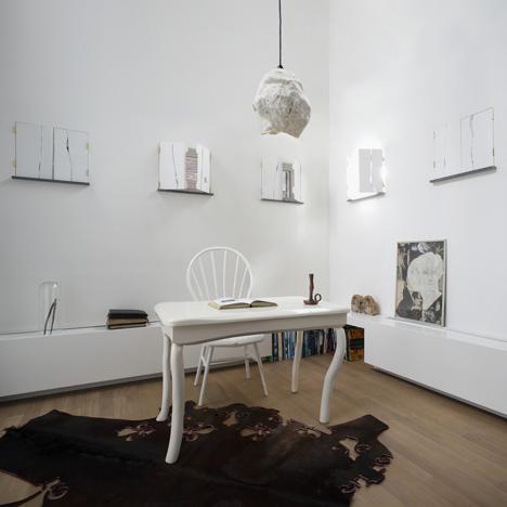 dezeen_New Amsterdam Interior by Bo Reudler Studio_1sqa