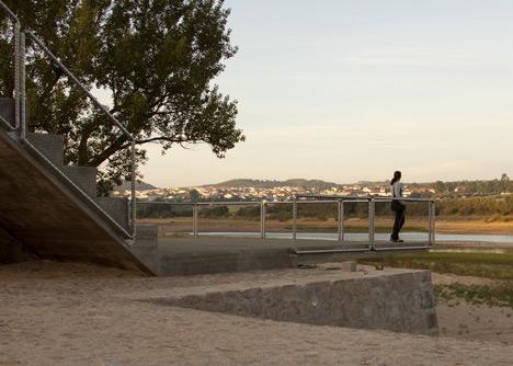 Rio de Moinhos Open-Air Theatre by Ateliermob