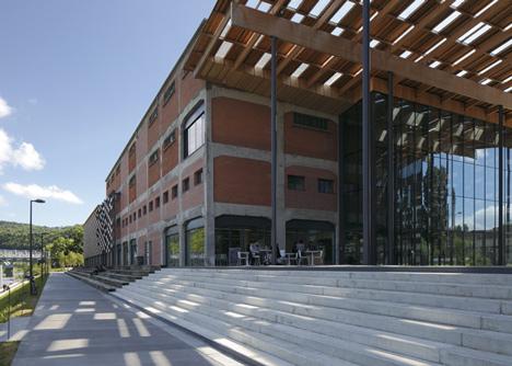 Besançon Art Centre and Cité de la Musique by Kengo Kuma and Associates