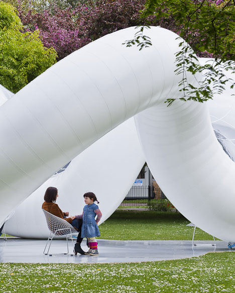 Peace Pavillon by Atelier Zundel Cristea