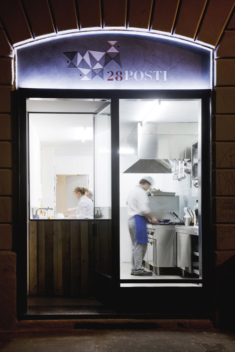 28Posti Restaurant by Francesco Faccin