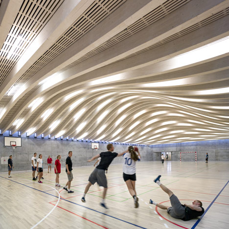Gammel hellerup sports hall by big Indoor basketball court ceiling height