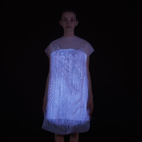(No)where (Now)here: two gaze-activated dresses by Ying Gao