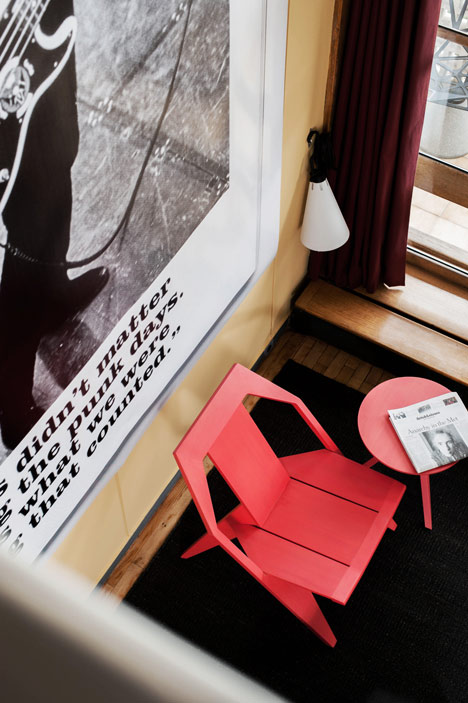 dezeen_Konstantin Grcic at Appartement N°50_7