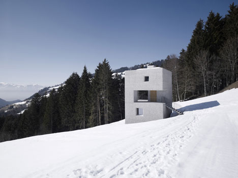 Mountain Cabin by Marte Marte Architects