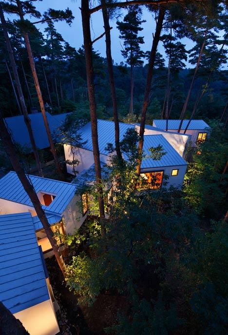 dezeen_ Residence of Daisen by Keisuke Kawaguchi+K2-Design_16