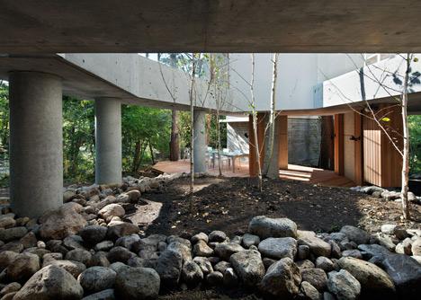 dezeen_ Residence of Daisen by Keisuke Kawaguchi+K2-Design_6