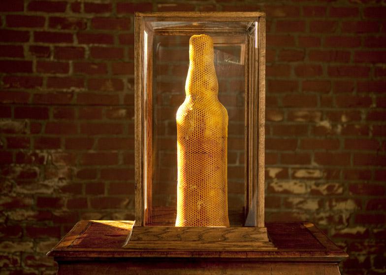 Dewar's Highlander Honey bottle