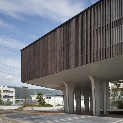 Lifted-Garden House by Kazuhiko Kishimoto/acaa