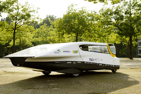 Solar-powered family car by Eindhoven University of Technology