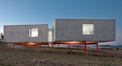 Biokilab Laboratories by Taller Basico de Arquitectura