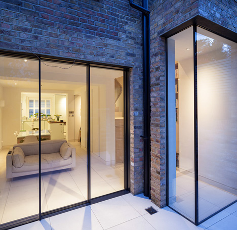 dezeen_Chelsea Town House by Moxon Architects_12