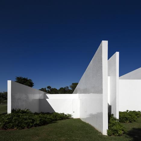 Fazenda Boa Vista by Isay Weinfeld