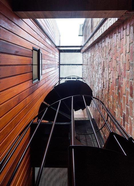 dezeen_HOUSE House by Andrew Maynard Architects_14