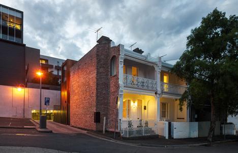 dezeen_HOUSE House by Andrew Maynard Architects_19