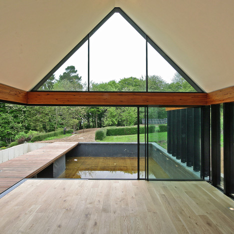Highacres Oxfordshire by Duncan Foster Architects