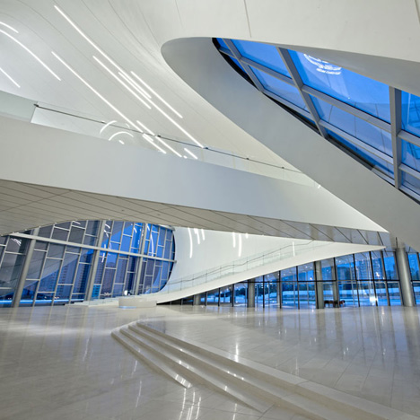 Heydar Aliyev Centre, United Kingdom - Zaha Hadid Architects