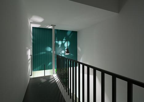 Promenade House by FORM: Kouichi Kimura Arcitects