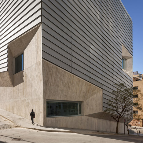 Public Library in Ceuta by Paredes Pedrosa