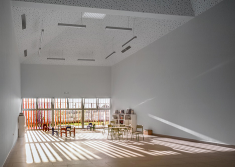 School Complex in Zaragoza by Magén Arquitectos