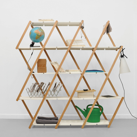 Set expanding shelving by Stephanie Hornig