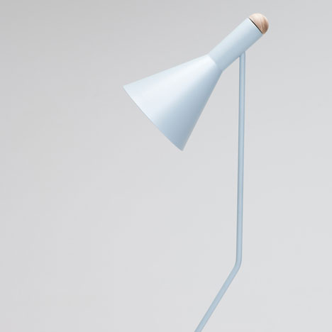 dezeen_Switch Floor Lamp by Tim Webber Design_6