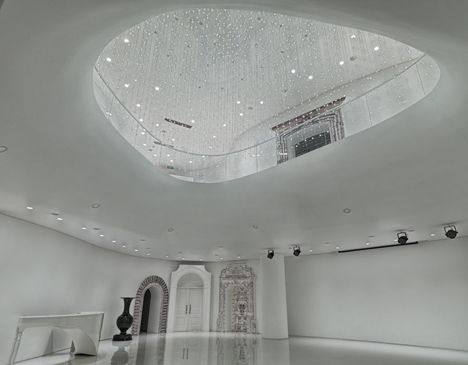 Zhengzhou Clubhouse by Noiz