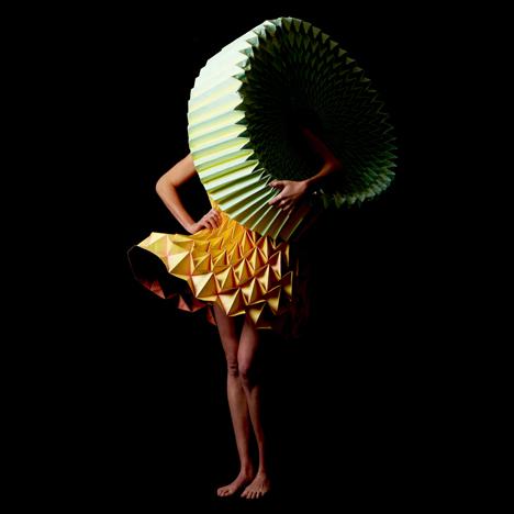 Entfaltung by Jule Waibel