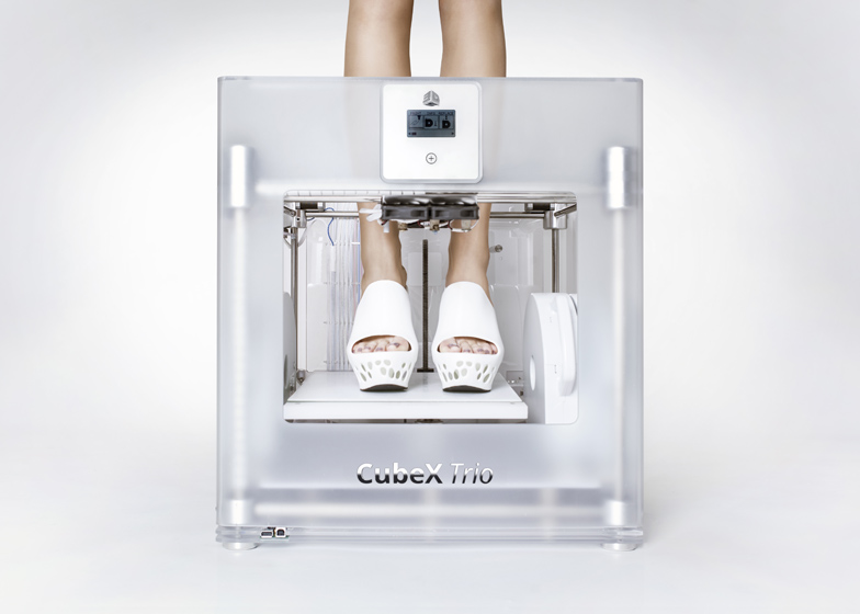 3D printed shoes by Janne Kyttanen for Cubify